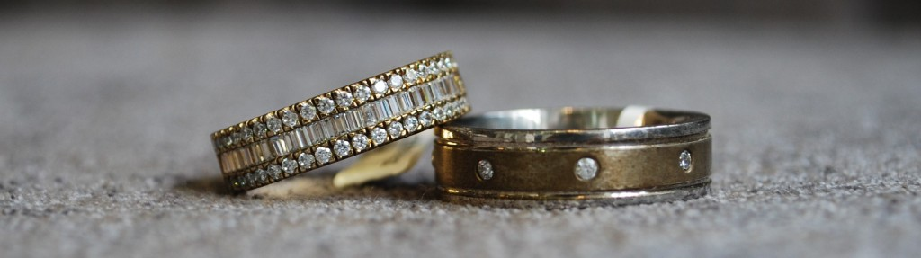 Vintage style wedding ring and matching wedding ring
