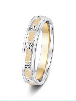4mm two-tone alternate sqaure sparkle cut wedding ring