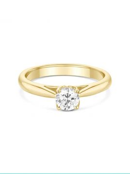 Classic solitaire engagement ring with 4 claw setting and tapered shoulders (with G/VS2 diamond)