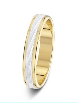 4mm two-tone ripple effect centre with polished edges wedding ring