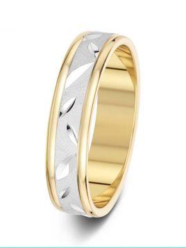 5mm leaf design patterned wedding ring