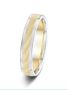 4mm two-tone illusion centre with polished sides wedding ring