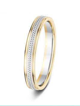 3mm two-tone sand effect centre with patterned groove wedding ring